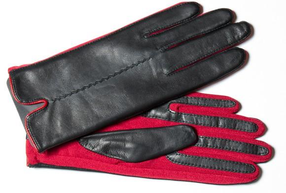 Modisch junger Damenhandschuh mit Spandexeinsätzen in rot