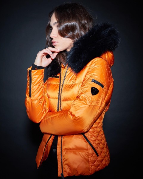 Wärmende Daunenjacke von ROCKANDBLUE in orange