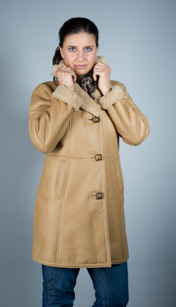 Klasse warme Lederjacke aus beige farbenem Lammfell